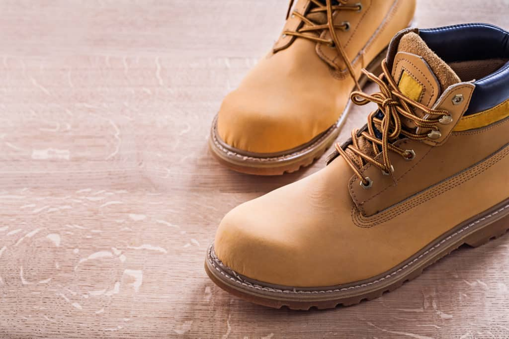 How to Choose Work Boots in Canada